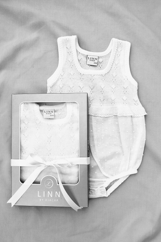 Lace Trim Sleeveless Bodysuit in Cream